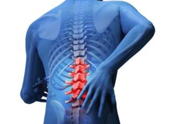 長年、痛みがなくならない原因はストレートネック!